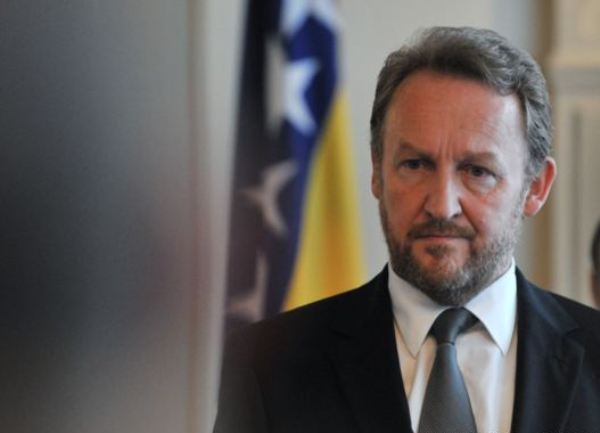Изетбеговиќ: Ќе ја признаеме независноста на Косово
