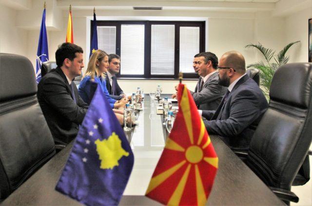 Димитров-Хоџа: Издвојувањето средства за семејства на осудените од Дива населба не е во духот на европската иднина на регионот