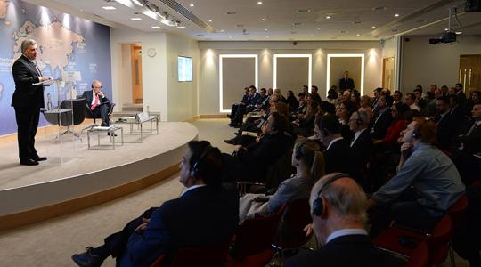 Велика Британија по посетата на Иванов – Македонија во НАТО без решение на спорот со името
