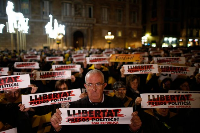 Протести во Каталонија за ослободување на притворените лидери