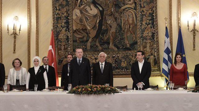 Ердоган на почетокот на историската посета на Грција со домаќините размени обвинувања