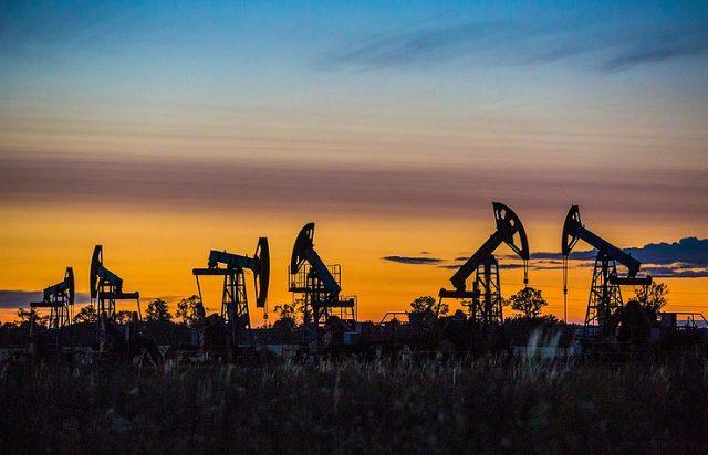 Барелот сирова нафта близу 64 долари на лондонскиот пазар