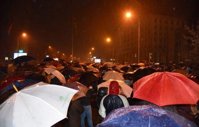 Протест во 18 часот пред Истражниот затвор во Шуто Оризари
