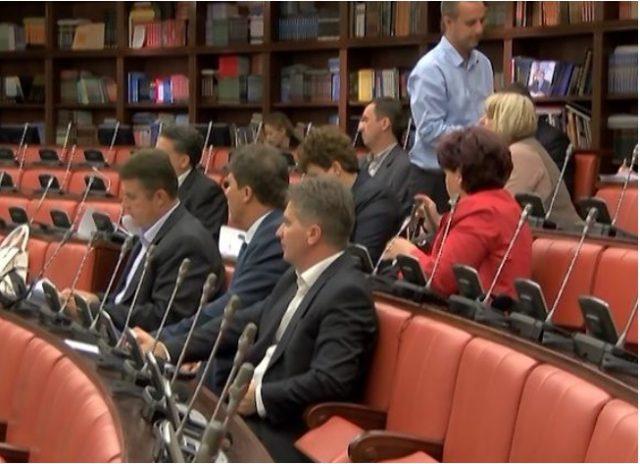 Без присуство на опозицијата продолжи комисиската расправа за предлог буџетот