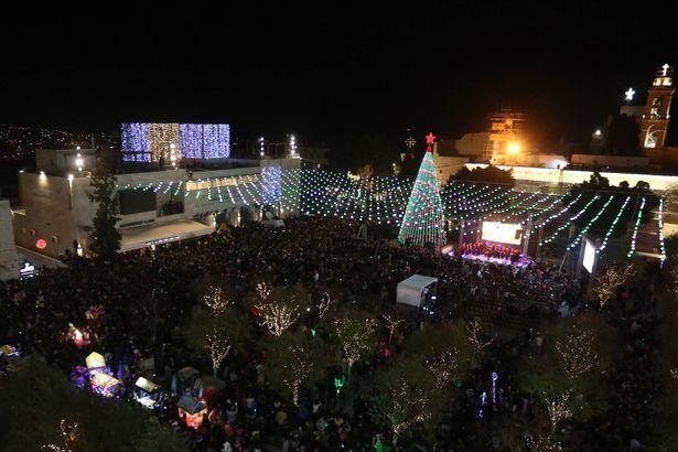 Божикната елка во Витлеем во темница