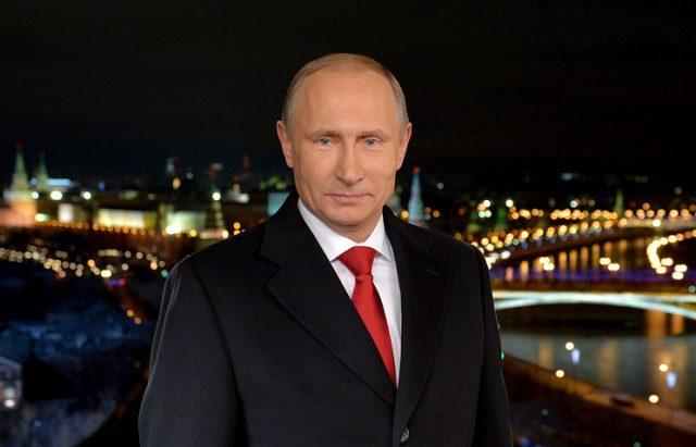 Путин на Русите им посака промени на подобро во 2018-та и им заблагодари за вербата во Русија