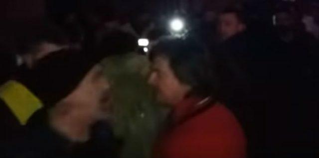 """Видео од тепачката меѓу пејачите на """"Бијело Дугме"""""""
