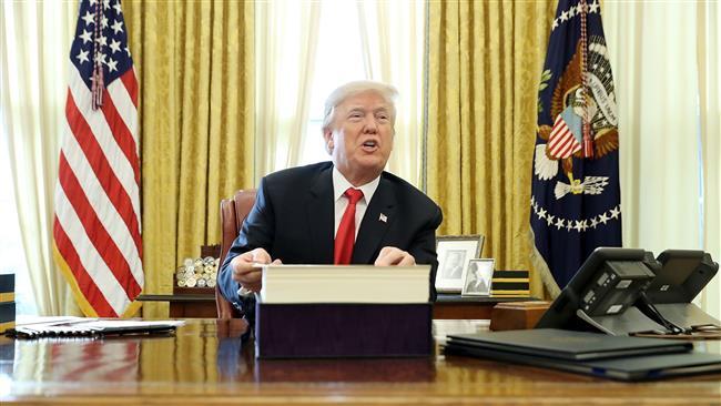 Трамп подготвен телефонски да разговара со Ким