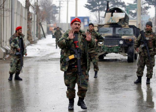 Во нападот на воениот комплекс во Кабул убиени 11 војници
