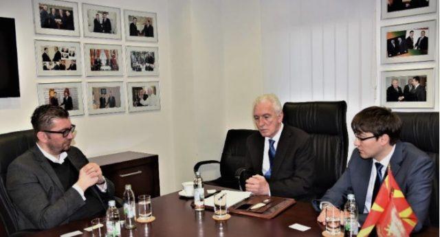 Мицкоски го информирше рускиот амбасадор Шчербак за реваншизмот на власта