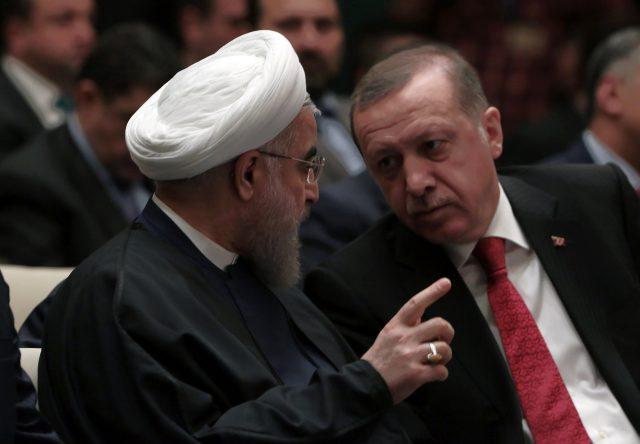 Роухани и Ердоган разговараа за протестите во Иран
