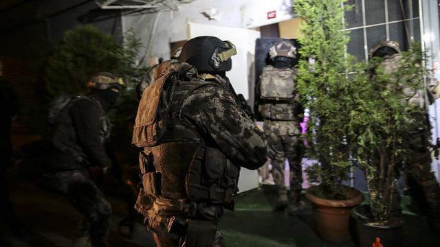 Турција реинтегрирала над 1.800 функционери отпуштени по неуспешниот пуч
