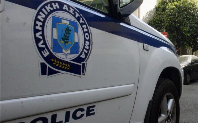 Запален автомобилот на албанскиот конзул во Солун