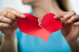 Три хороскопски знаци со скршено срце во 2018-та