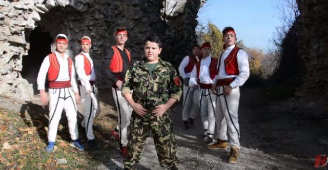 Меѓаши: Со деца во воени униформи нема градење мир