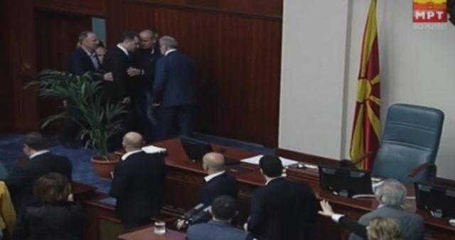 Џафери го нападна Груевски (ВИДЕО)