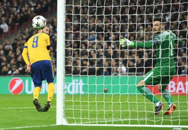 Јувентус со пресврт до четвртфиналето