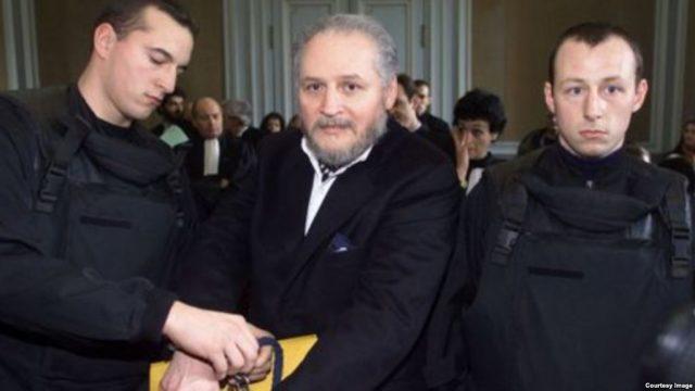 """Карлос """"Шакалот"""" повторно пред судот во Париз"""