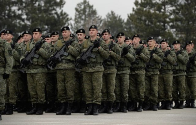 САД за планот на Харадинај: Војска само со промена на Уставот