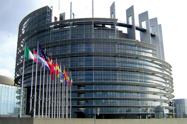 Шанси за влез во ЕУ до 2025. имаат само Србија и Црна Гора, и тоа мали
