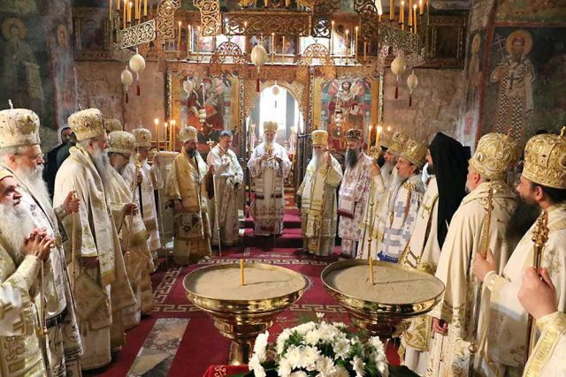 Бугарската црква мајка или маќеа за МПЦ?