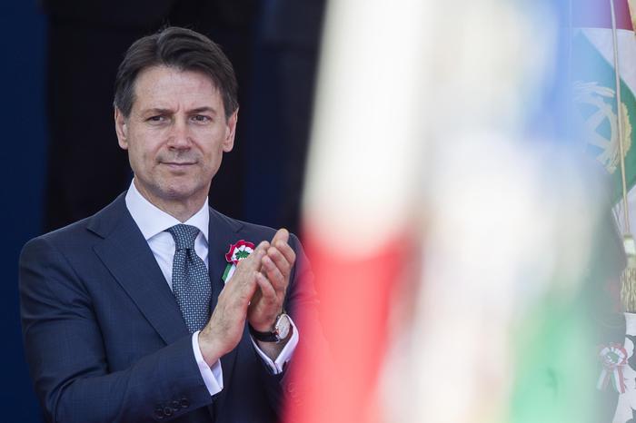 Италија доби влада, Брисел нови главоболки