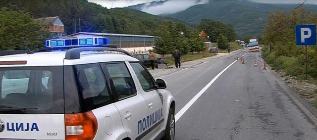 Тешко повреден возач во инцидент кај Росоман