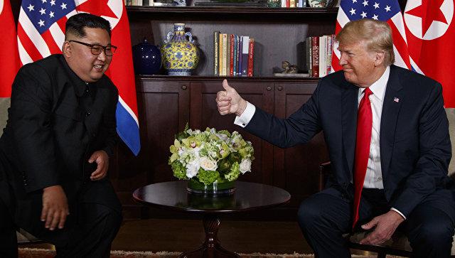 Трамп примил ново писмо од Ким и му одговорил