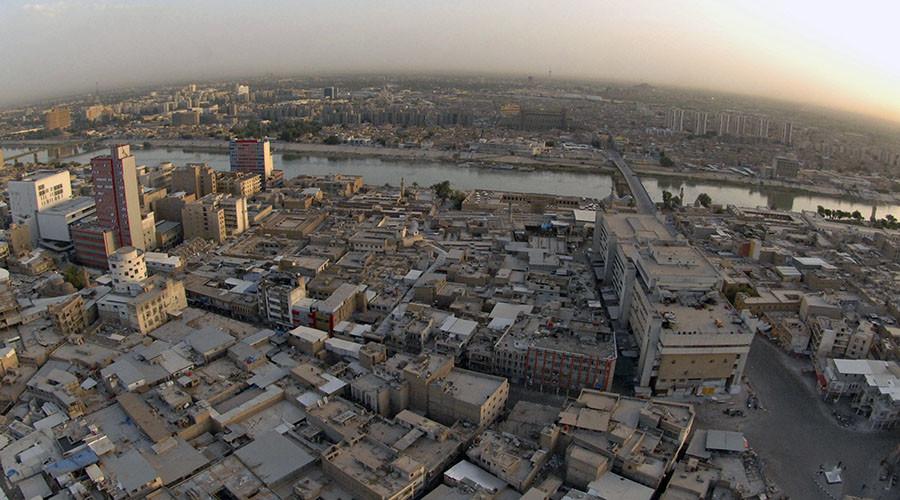 Нападнат шопинг центар во Багдад, најмалку 18 лица убиени