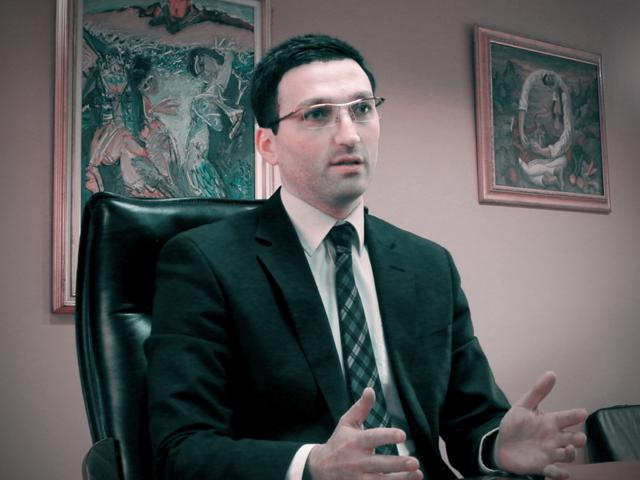 Не е уапсен бившиот директор на ФЗОМ