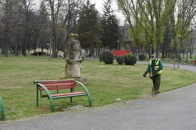 Акција за чистење на вториот дел од Градскиот парк