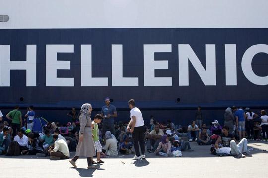 Грција и УНХЦР сакаат и Авганистанците да бидат вклучени во релокацијата на мигрантите во ЕУ