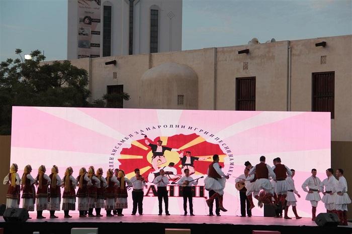 """""""Танец"""" на Денови на културно наследство во Обединетите Арапски Емирати"""