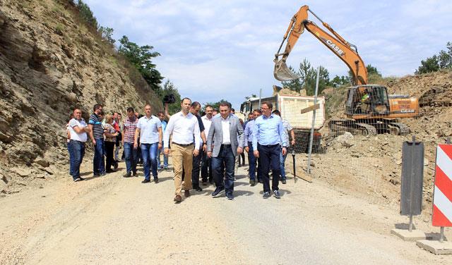 Над 80 милиони евра инвестиции во 200 километри регионални патишта