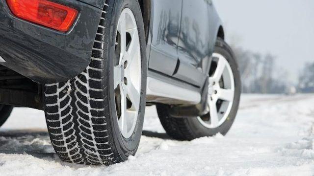 Што се треба да имате од зимска опрема во возилото за оваа зима