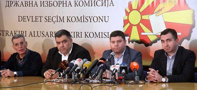 Чичаковски се извини за нетранспарентноста, за оставките дополнително ќе се размислува