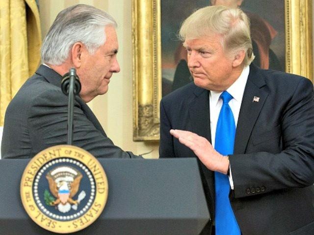 Трамп му порача на Тилерсон дека губи време чекајќи преговори со Пјонгјанг