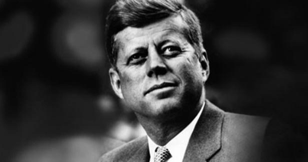Вашингтон објави стотици нови документи за убиството на Кенеди