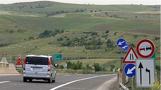 Американска и француска компанија ќе инкасираат 3,5 милиони евра за надзор во изградбата на патот Градско-Дреново
