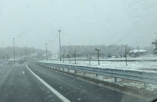 Снегот направи хаос во Хрватска