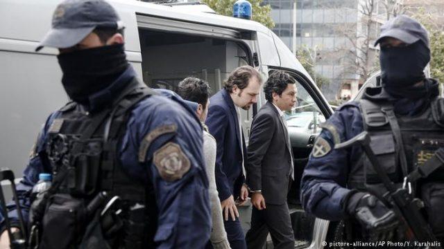 Грчкиот суд привремено го замрзна одобрувањето азил за турскиот пилот
