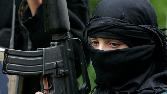 Жените и децата на припадиците на ИД се безбедносна закана за Германија