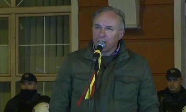 Тасев: Тие што убија невини луѓе се на слобода, а они кои ја пееја македонската химна се во затвор