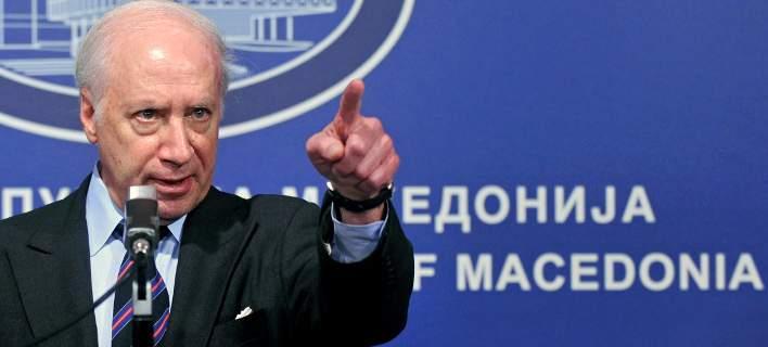 ОМД бара оставка на Нимиц поради конфликт на интереси на неговата грчка секретарка