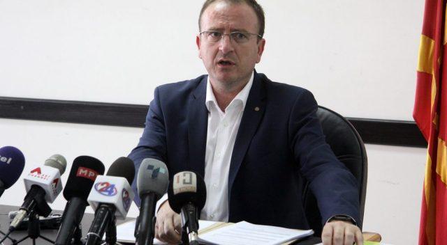 Таравари ги обвинува Спасовски и Зечевиќ за притискот врз гласачите