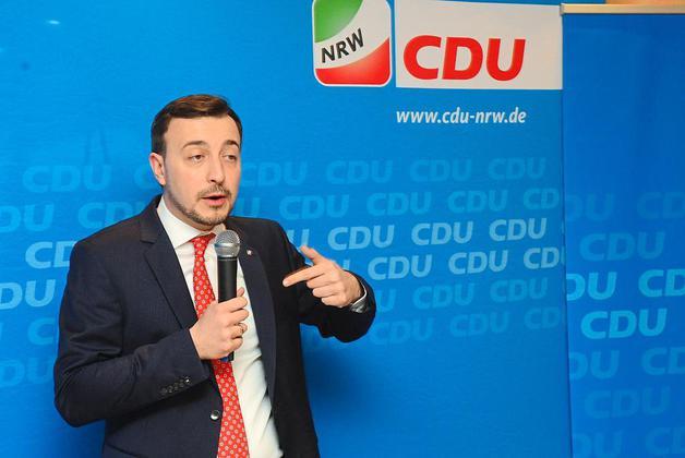 Младите германски конзервативци бараат промени во партијата на Меркел