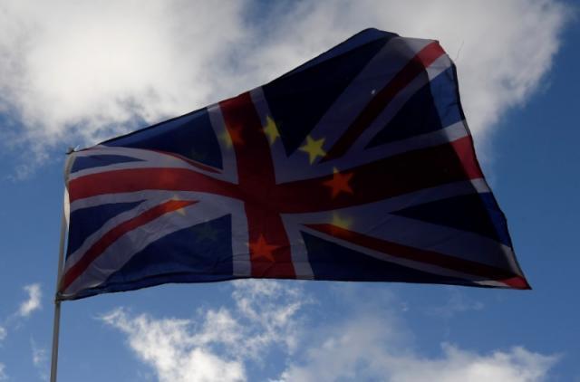 Меј порача дека нема да има втор референдум за Брегзит