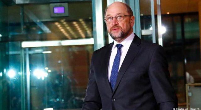 Шулц си поднесе оставка од лидерската позиција на германските социјалдемократи