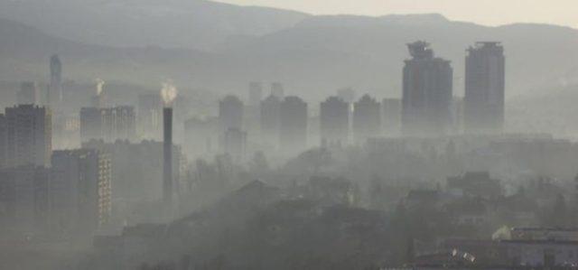 Македонија и вечерва се гуши во загаден воздух