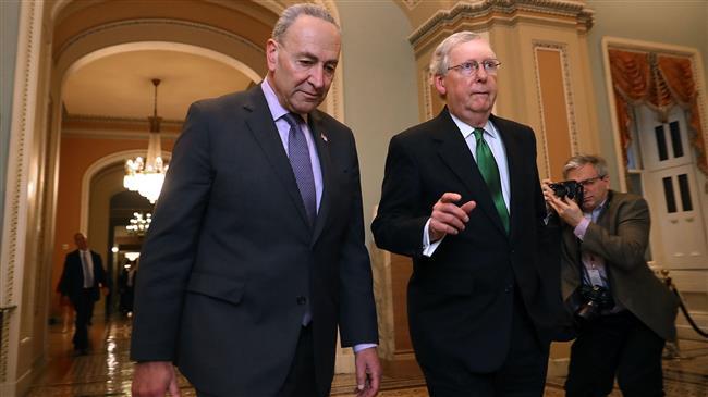 Американскиот Сенат го одобри буџетот, но предоцна да се избегне блокадата на владата